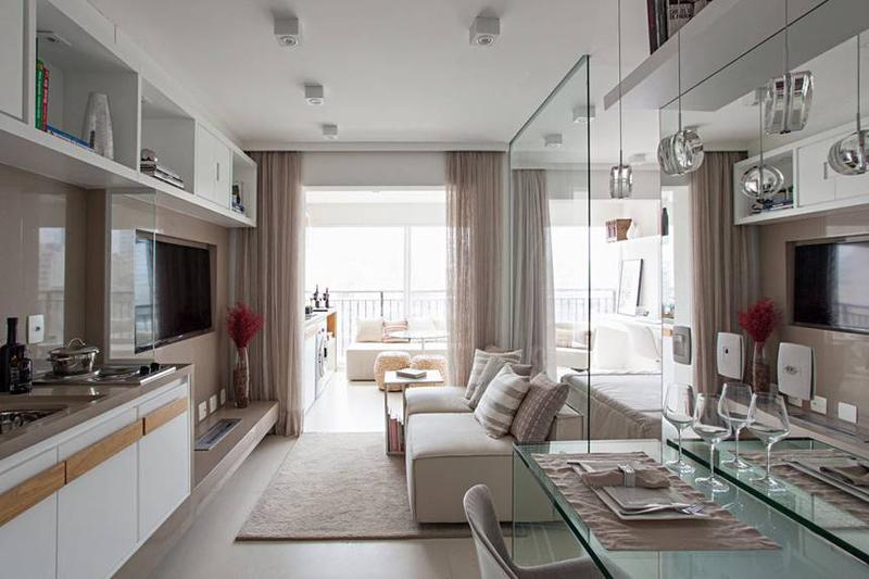 Căn hộ nhỏ 35 m2 có mọi phòng đều rộng nhờ dùng nhiều kính